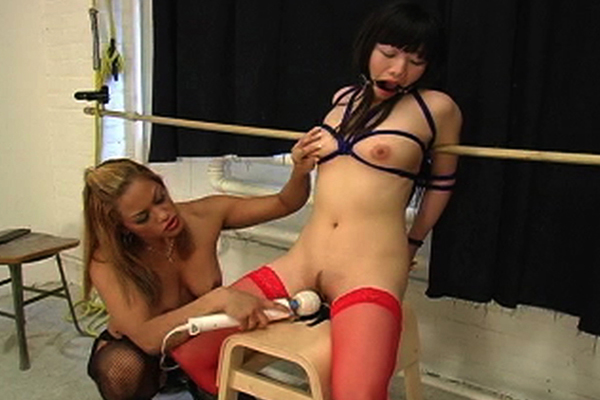 Abused asian vagina  maxine x forces yumi down on the thick dildo and forces her to cumshot. Maxine X forces Yumi down on the thick dildo and forces her to cumshot